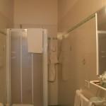 I bagni delle Camere e Appartamenti Rifugio Altino di Montemonaco nei Monti Sibillini 5