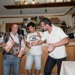 Festa dei Crostoni Montanari e Stornelli al Rifugio Altino di Montemonaco5